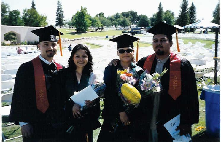 graduation%20couple.jpg